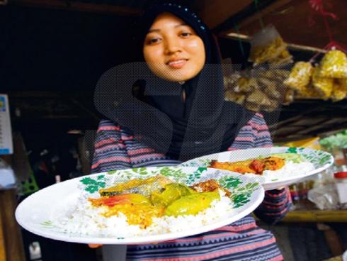 Nasi berlauk cuma RM2