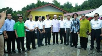 Mangsa banjir dapat rumah sumbangan Selangor