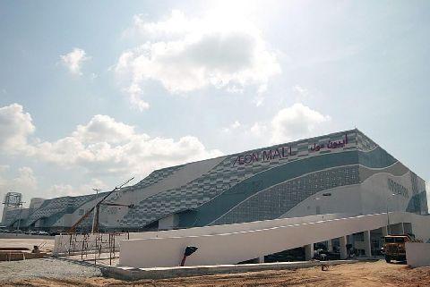 Pasar raya terbesar beroperasi di Kota Bharu