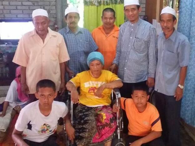Kerusi roda untuk Aniza