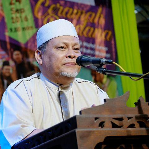 KOTA BHARU: Kerajaan Kelantan mengingatkan mana-mana pihak tidak mempengaruhi Orang Asli berhubung isu milikan tanah dan pembalak di Gua Musang