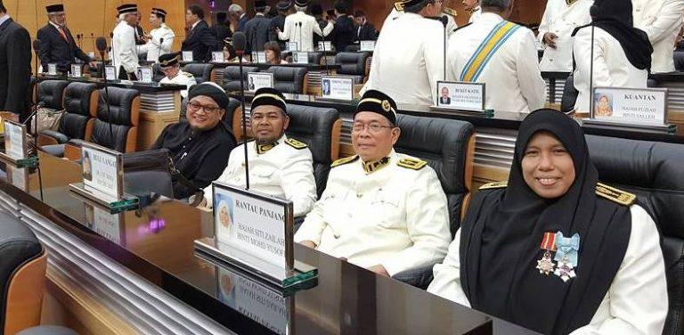 BR1M: Jawapan kerajaan di parlimen berbelit
