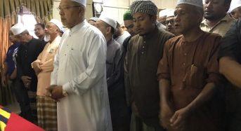 MB imam solat jenazah anggota Bomba