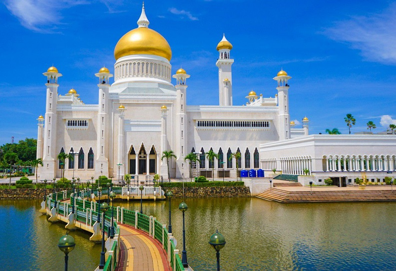 Masjid Sultan Omar Ali Saifuddin, Bandar Seri Begawan.