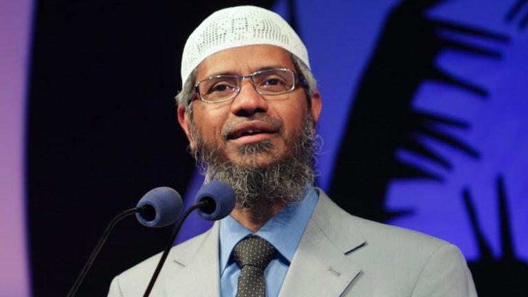 DR ZAKIR NAIK: DEMI ISLAM KITA MESTI PERTAHANKANNYA