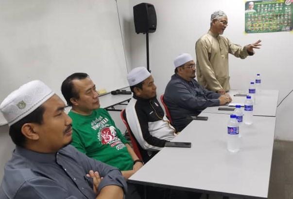 MAHASISWA KELANTAN DI PERANTAUAN DISARAN PERTAHANKAN JENAMA ISLAM KELANTAN