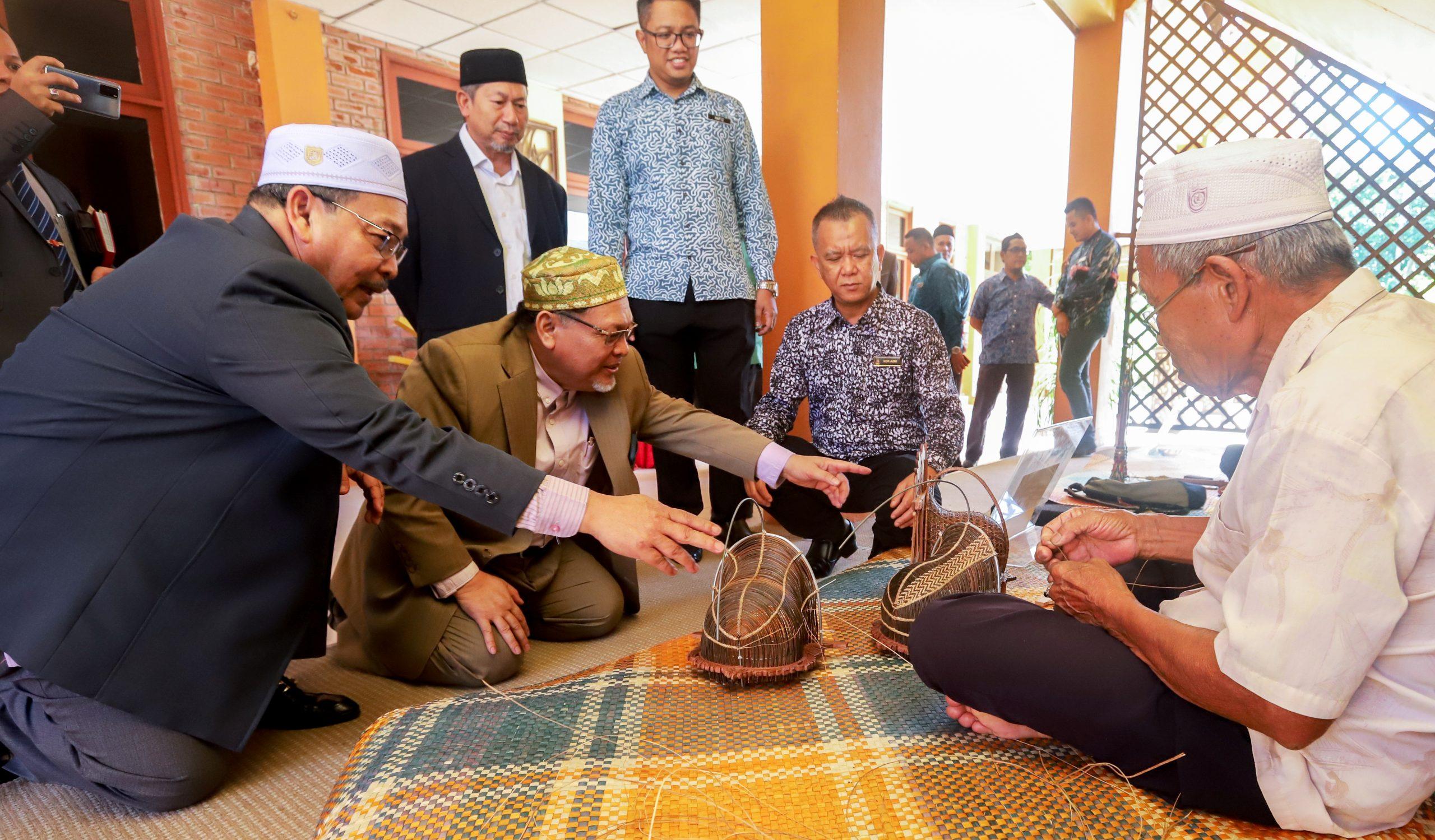 Kraftangan Kelantan Catat Jualan 18 Juta Dalam Masa 6 Bulan Semasa Kelantan
