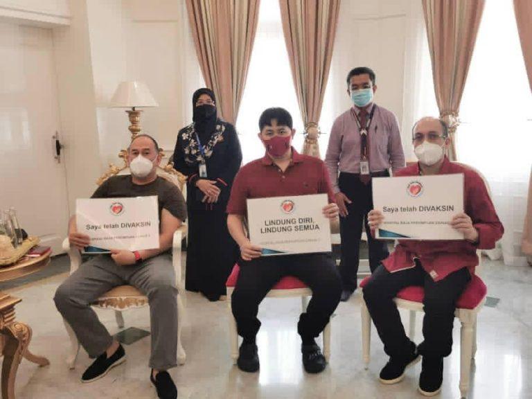 Sultan Kelantan seru rakyat, jangan ragu terima vaksin