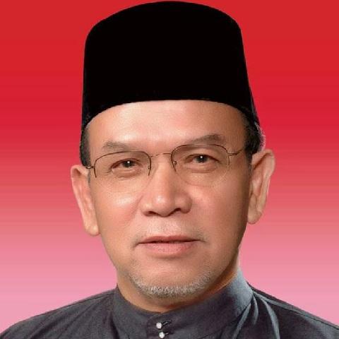 KOTA BHARU: Kerajaan Kelantan berunding bagi menstrukturkan semula projek bekalan air di negeri ini bermula sejak 2008, kata anggota Exco kerajaan negeri Datuk Hanifa Ahmad